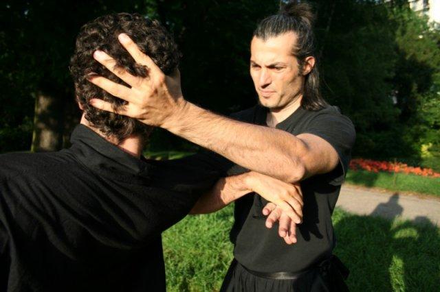 self-defense-chi-na2